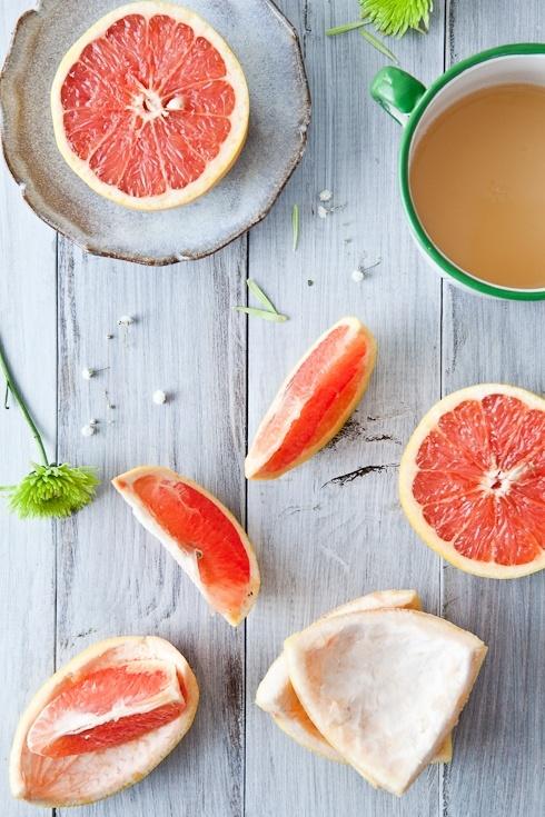 Un zumo de pomelo de buena mañana  es altamente depurativo
