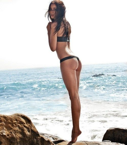 Operación bikini en Seven Secrets
