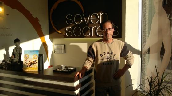 Moisés nos cuenta su caso de éxito con los tratamientos de quiromasaje en Seven Secrets Tarragona